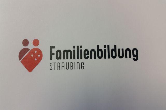 """Netzwerk """"Familienbildung in Straubing"""" / familienapp.straubing.de"""